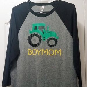 Boymom>>ladies t-shirt